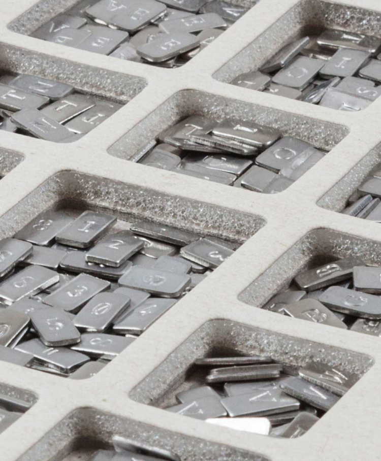 Cryptosteel Anykey Letter Container Detail